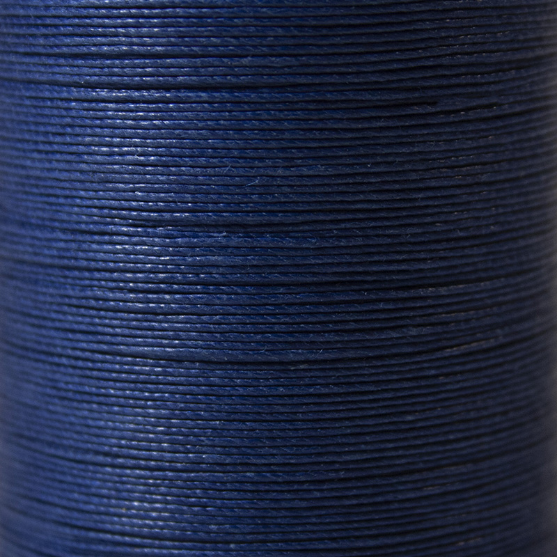 fil couleur bleu
