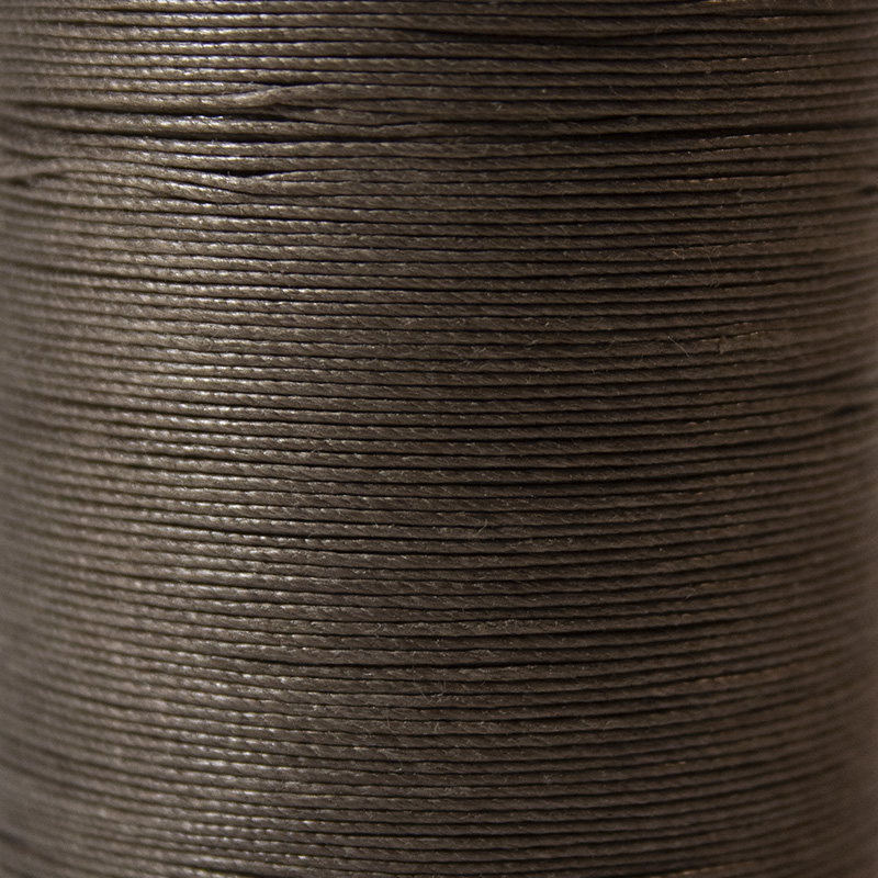 fil couleur taupe